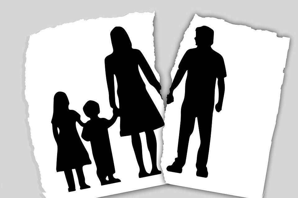 اثار الطلاق على الفرد وعلى المجتمع