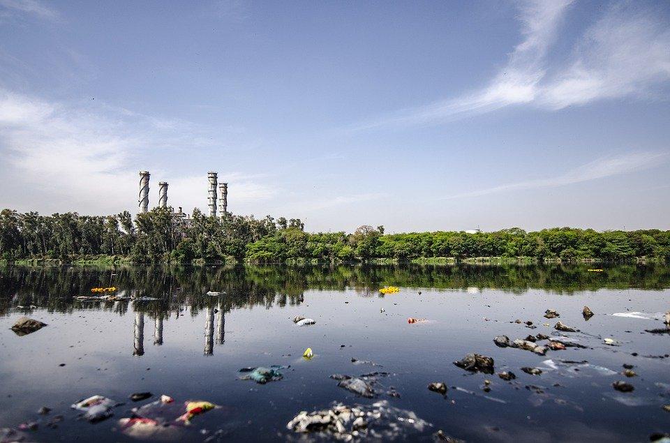 موضوع عن تلوث البيئه