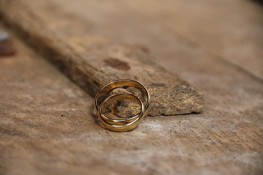 اثار الطلاق على الفرد والمجتمع