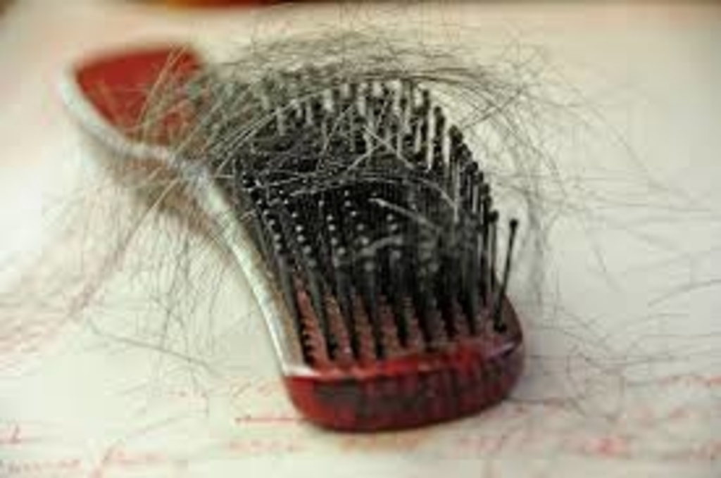 أهم 9 اسباب لتساقط الشعر