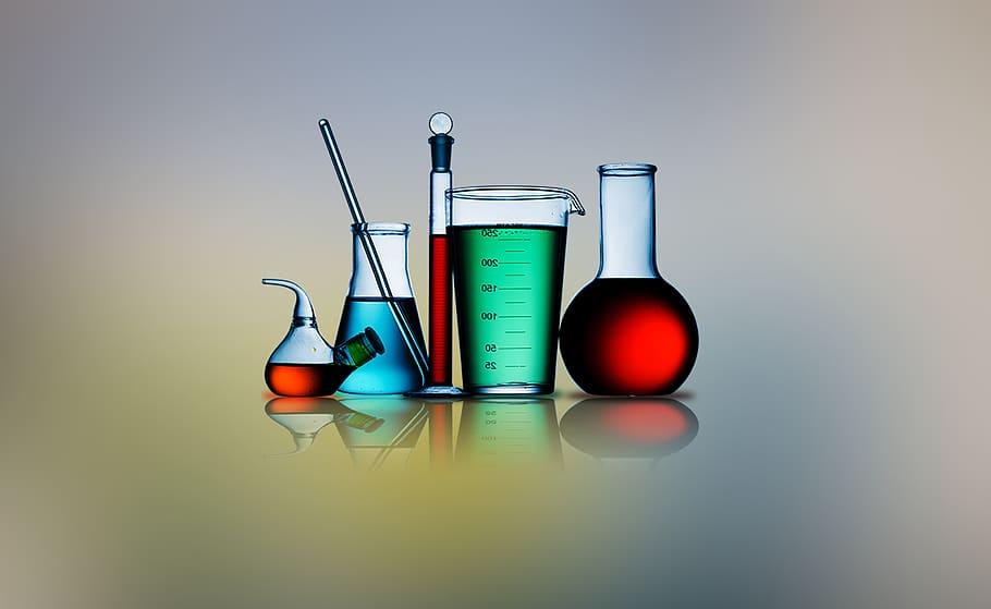 مقدمة عن الكيمياء